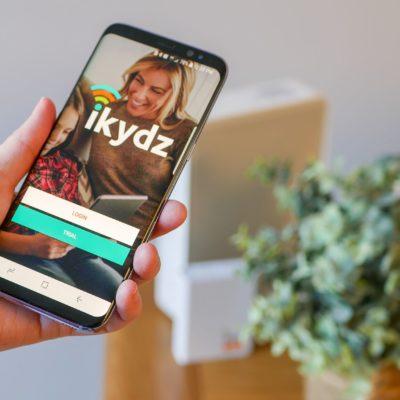 iKydz/Zyalin Group London Media Client